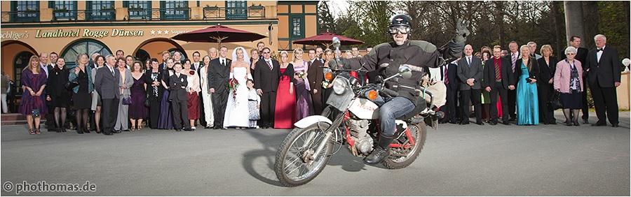 Hochzeitsfotograf Bremen: Hochzeitsreportage auf Gut Varrel, Seckenhausen und Rogge Dünsen (39)