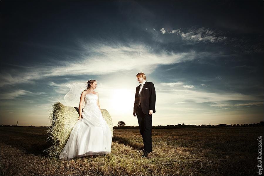 Hochzeitsfotograf Oldenburg: After Wedding Shooting für schöne Hochzeitsportraits am Strand der Nordsee (5)