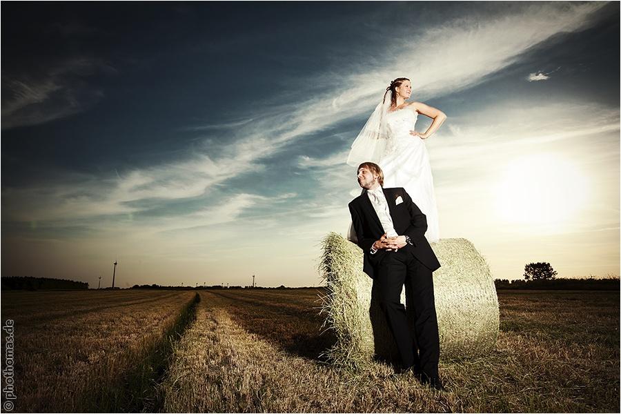 Hochzeitsfotograf Oldenburg: After Wedding Shooting für schöne Hochzeitsportraits am Strand der Nordsee (7)
