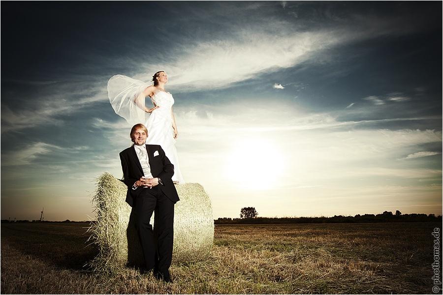 Hochzeitsfotograf Oldenburg: After Wedding Shooting für schöne Hochzeitsportraits am Strand der Nordsee (8)