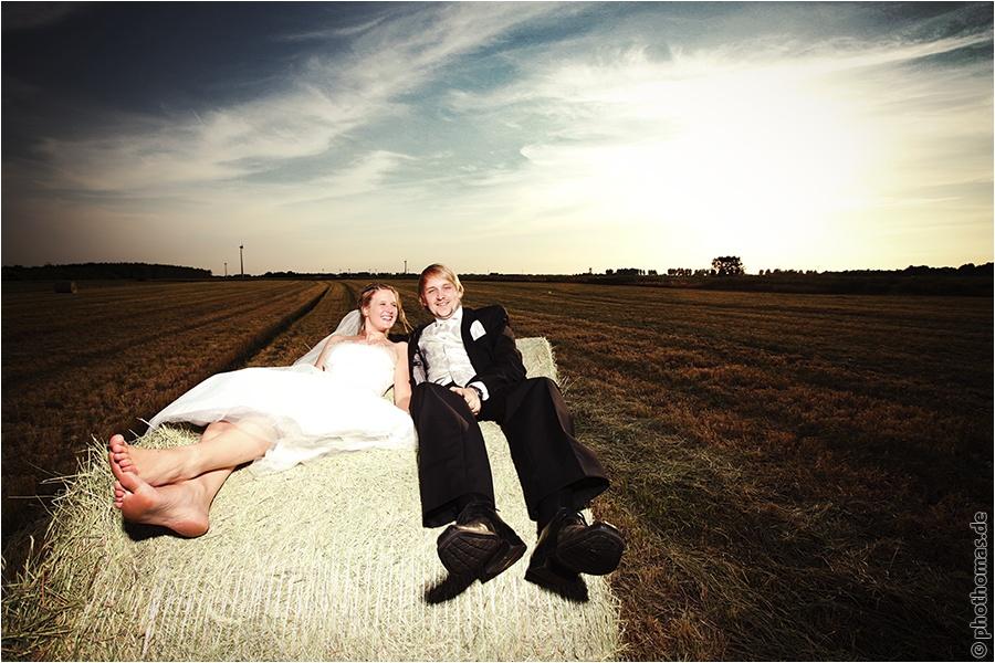 Hochzeitsfotograf Oldenburg: After Wedding Shooting für schöne Hochzeitsportraits am Strand der Nordsee (10)