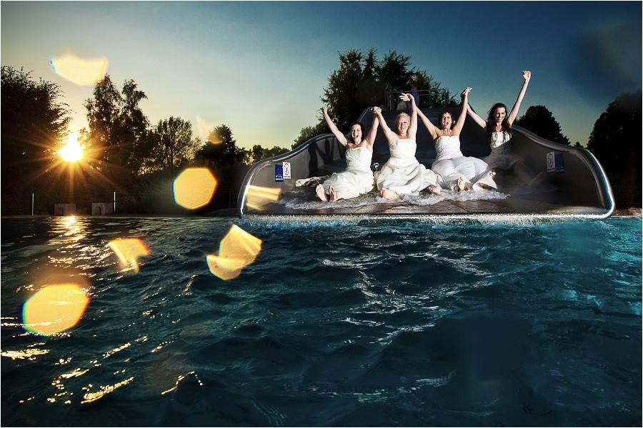 Hochzeitsfotograf Fulda: Trash the Dress mit mehreren Bräuten im Schwimmbad (10)