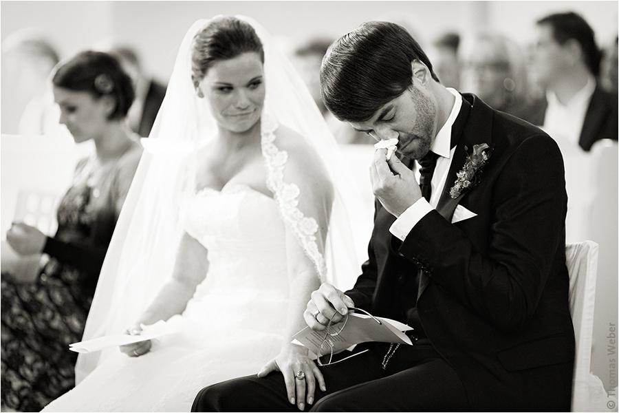 Hochzeitsfotograf Oldenburg: Hochzeitsreportage in Neukirchen-Vluyn und Hochzeitsfeier in der Schlussruine Hertefeld in Weeze (17)