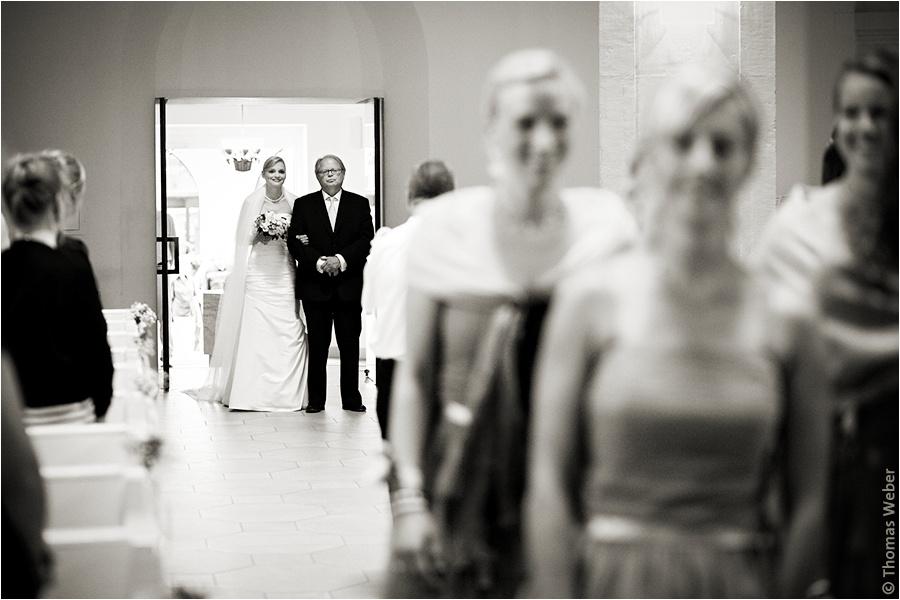 Hochzeitsfotograf Oldenburg: Hochzeit in der Lambertikirche Oldenburg und Feier auf dem Gut Horn in Gristede (6)