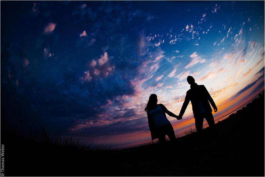 Hochzeitsfotograf Oldenburg: Verlobungs- und Engagement-Fotos am Strand von Greetsiel und Norddeich (14)