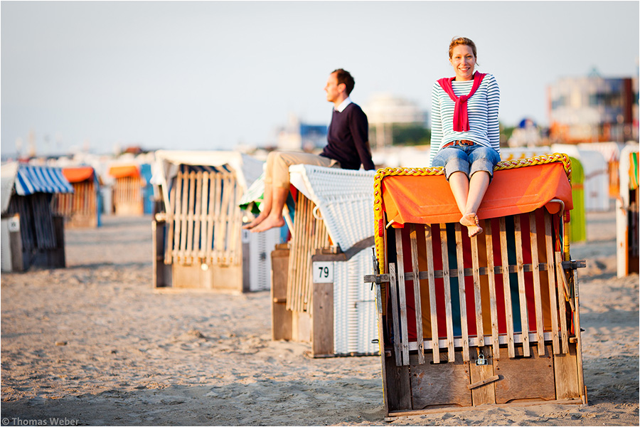 Hochzeitsfotograf Oldenburg: Verlobungs- und Engagement-Fotos am Strand von Greetsiel und Norddeich (15)