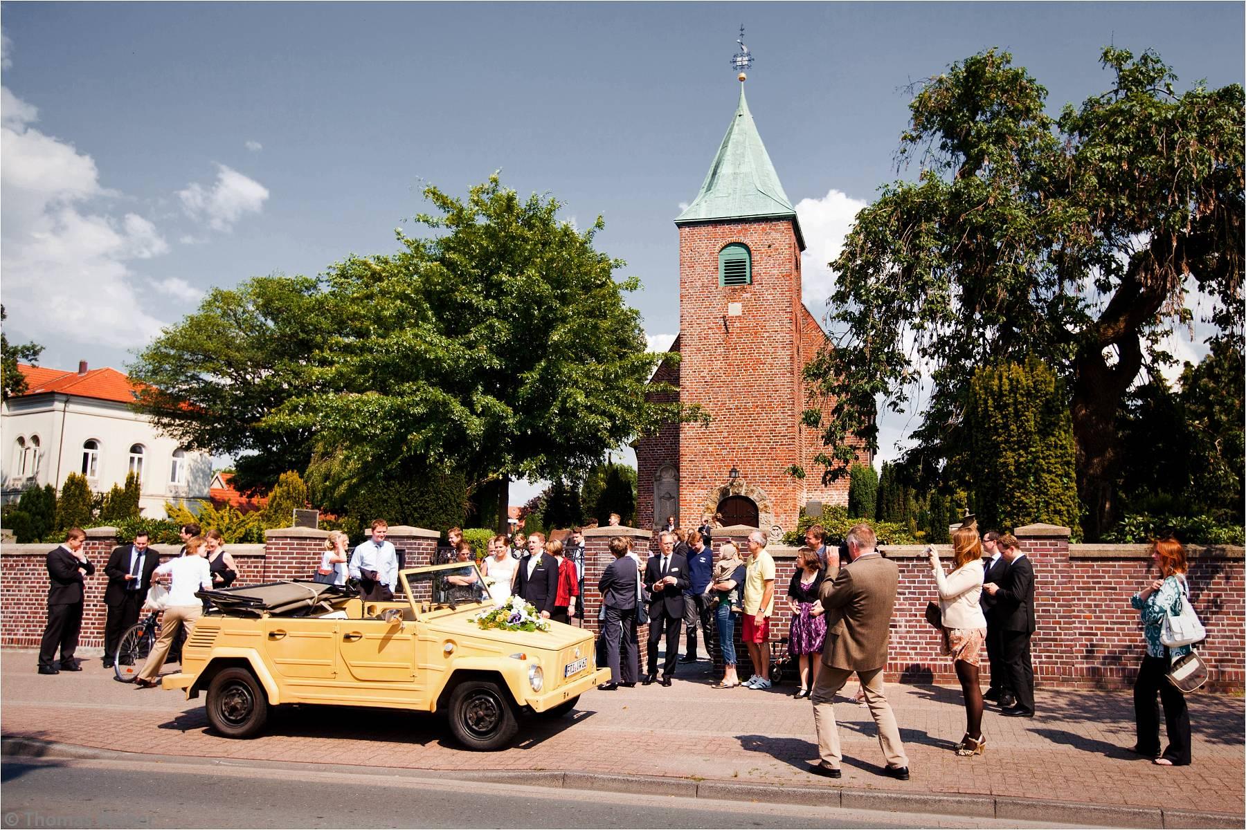 Hochzeitsfotograf Oldenburg: Kirchliche Trauung in der Dreifaltigkeitskirche und Feier im Etzhorner Krug (6)