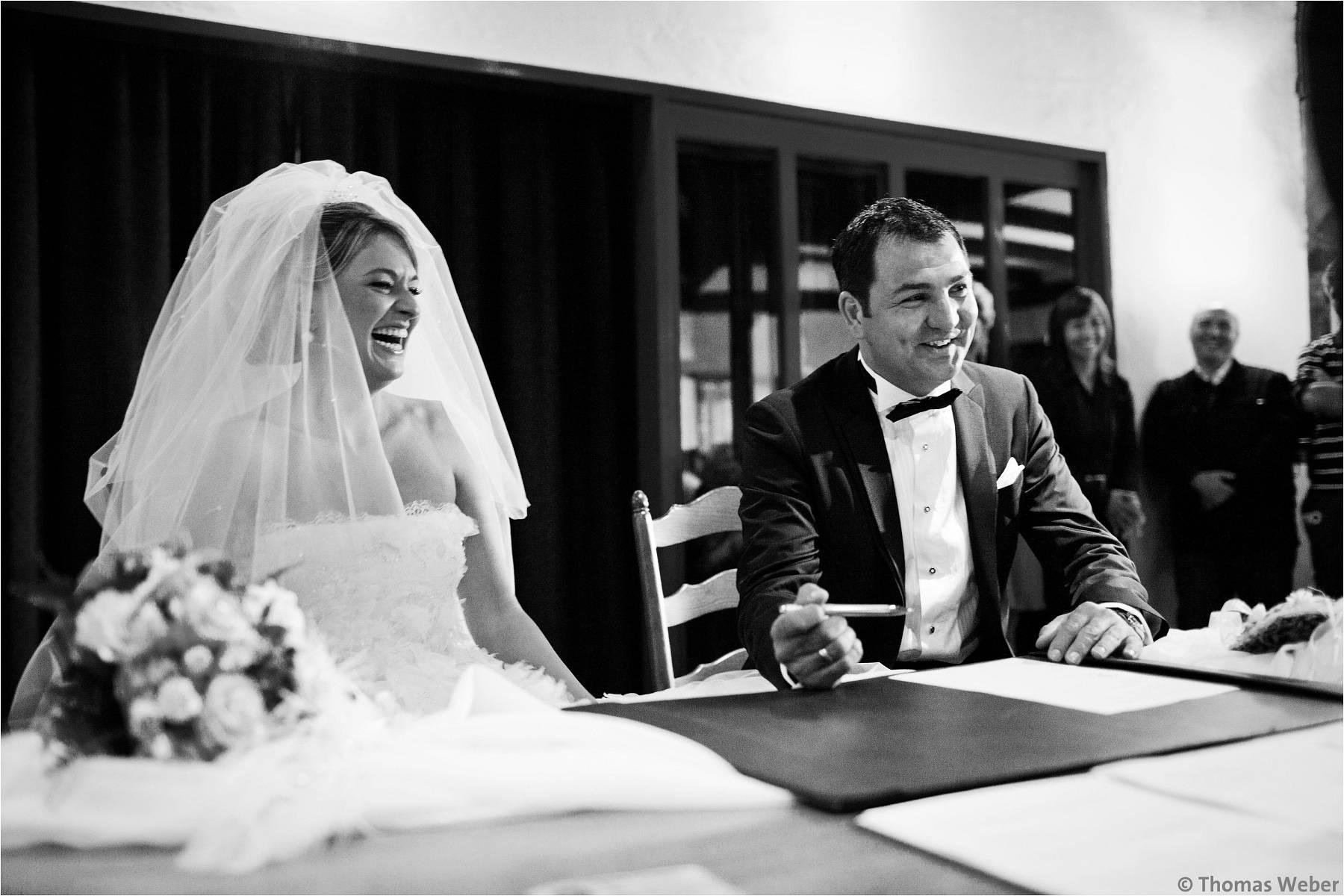 Hochzeitsfotograf Bremen: Türkische Hochzeit auf dem Lür Kropp Hof und Hochzeitsfeier im Maritim Hotel Bremen (16)