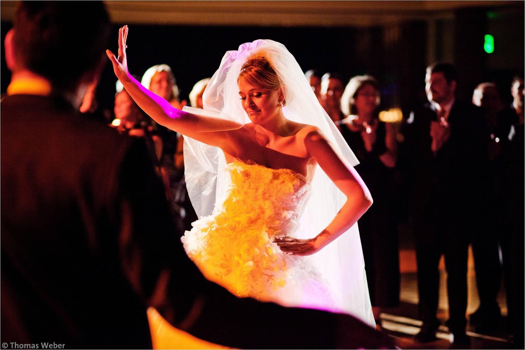 Hochzeitsfotograf Bremen: Türkische Hochzeit auf dem Lür Kropp Hof und Hochzeitsfeier im Maritim Hotel Bremen (25)