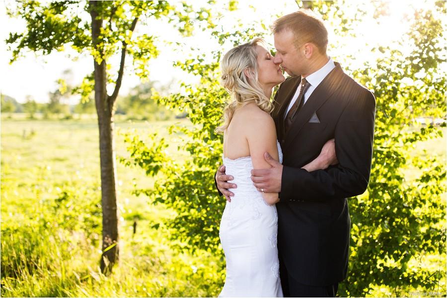 Hochzeitsfotograf Oldenburg: Hochzeitsportraits beim After-Wedding-Shooting in der Natur und am Strand von Dangast (1)