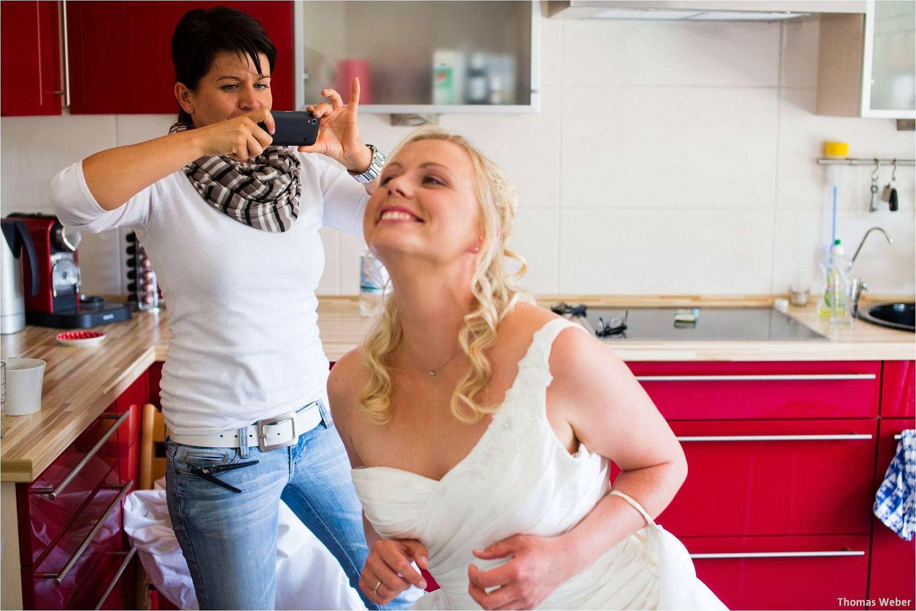 Hochzeitsfotograf Oldenburg: Hochzeit in der Keramikscheune Spickendorf in Halle an der Saale (28)