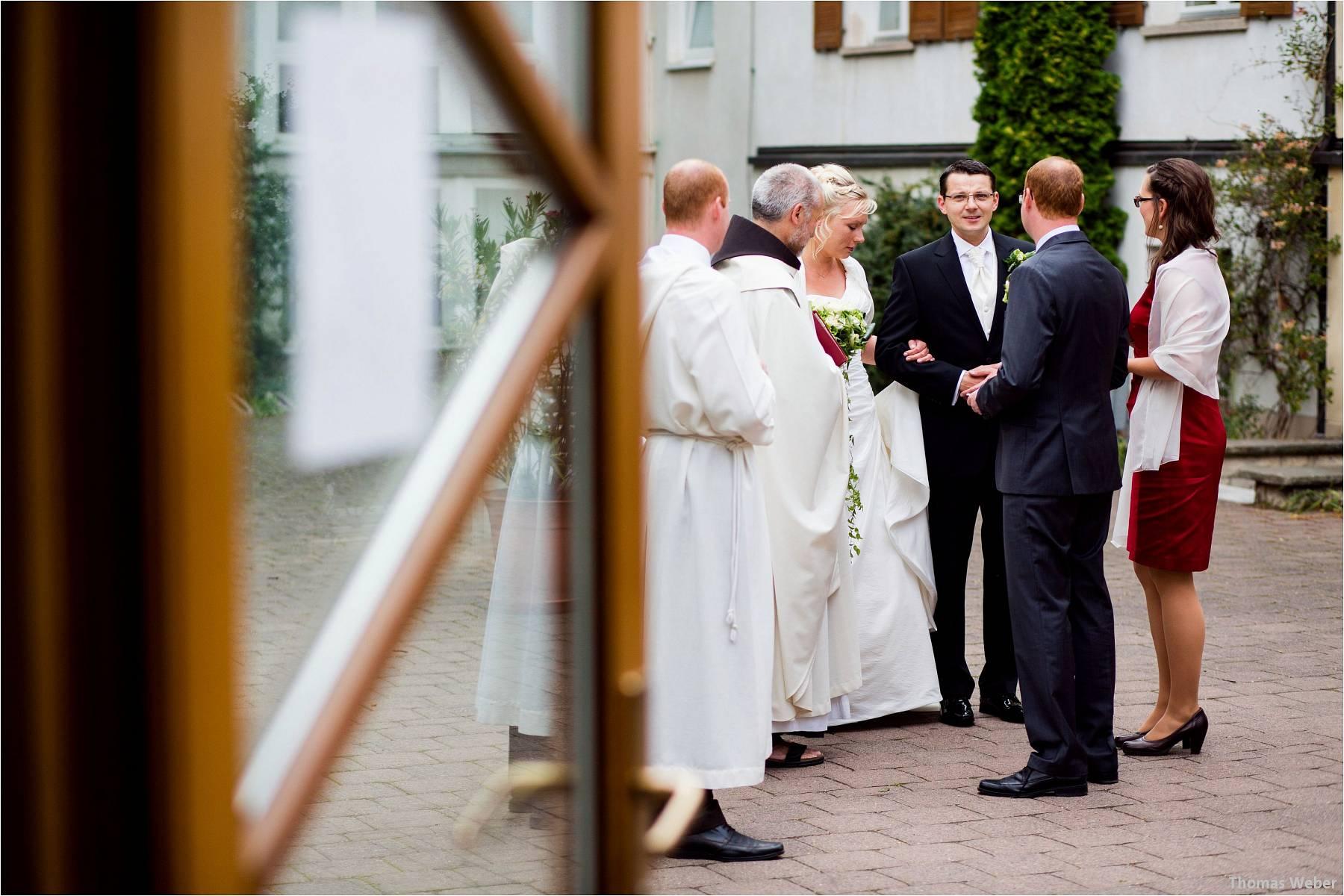 Hochzeitsfotograf Oldenburg: Hochzeit in der Keramikscheune Spickendorf in Halle an der Saale (30)