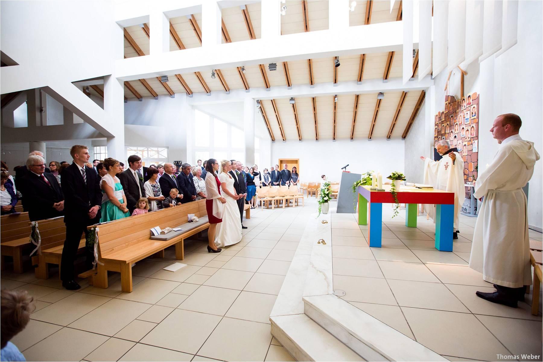 Hochzeitsfotograf Oldenburg: Hochzeit in der Keramikscheune Spickendorf in Halle an der Saale (31)