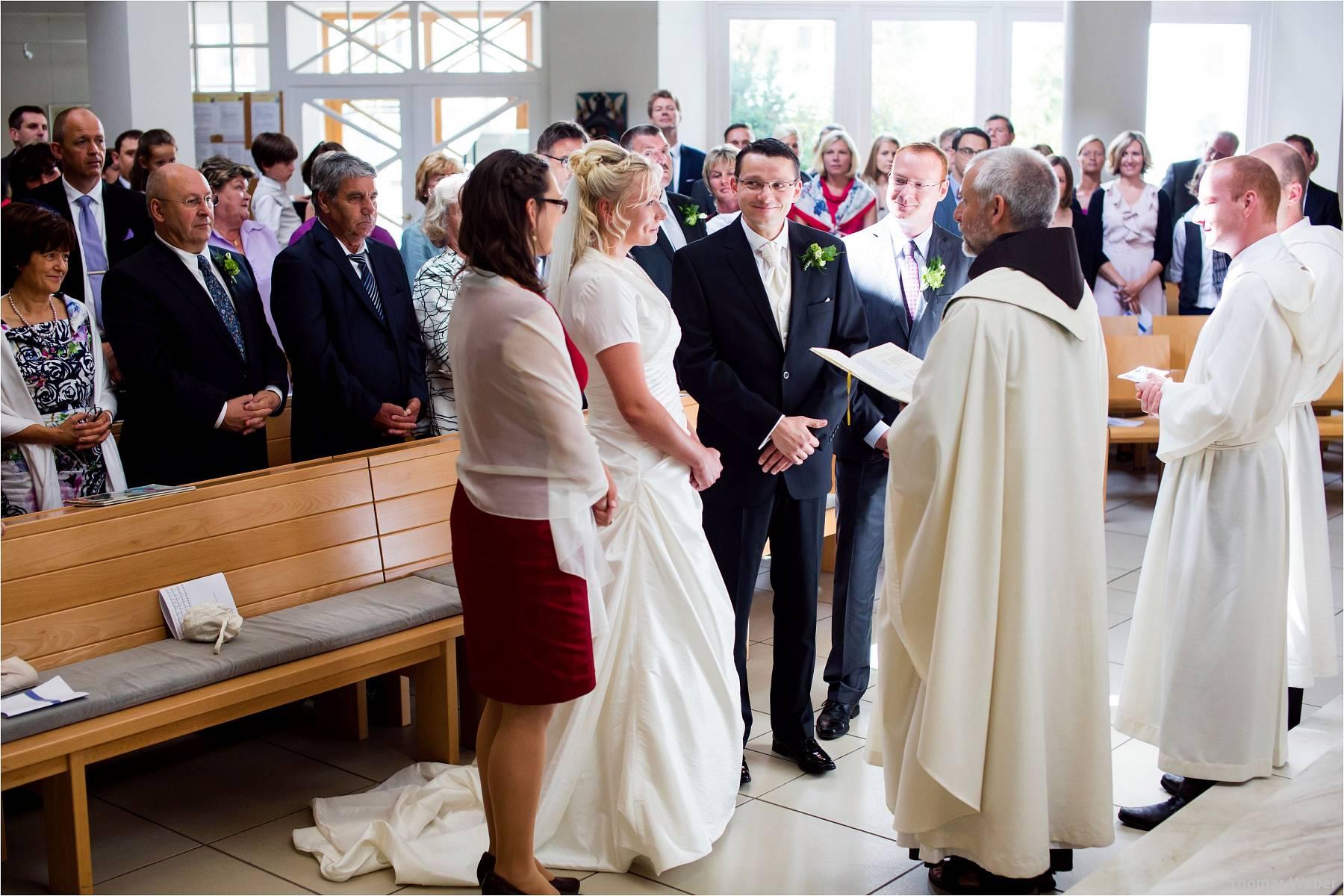Hochzeitsfotograf Oldenburg: Hochzeit in der Keramikscheune Spickendorf in Halle an der Saale (34)