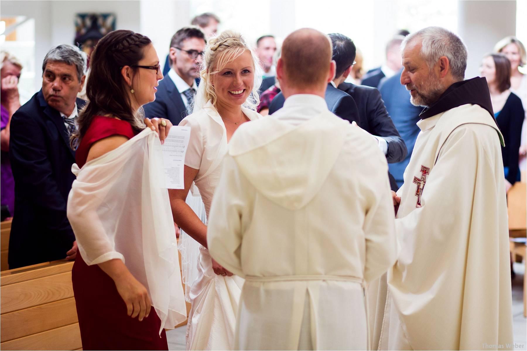 Hochzeitsfotograf Oldenburg: Hochzeit in der Keramikscheune Spickendorf in Halle an der Saale (35)