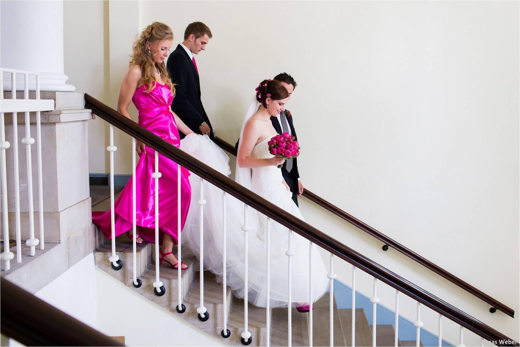Hochzeitsfotograf Oldenburg: Russische Hochzeit im Standesamt am Pferdemarkt und Hochzeitsfeier im Landhaus Etzhorn (11)