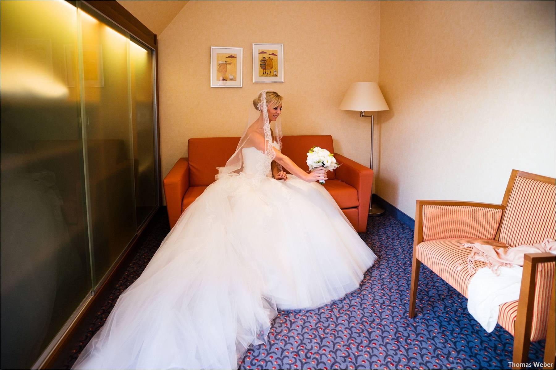 Hochzeitsfotograf Oldenburg: Hochzeit im Zollhaus und in der Eventscheune St. Georg in Rastede (7)