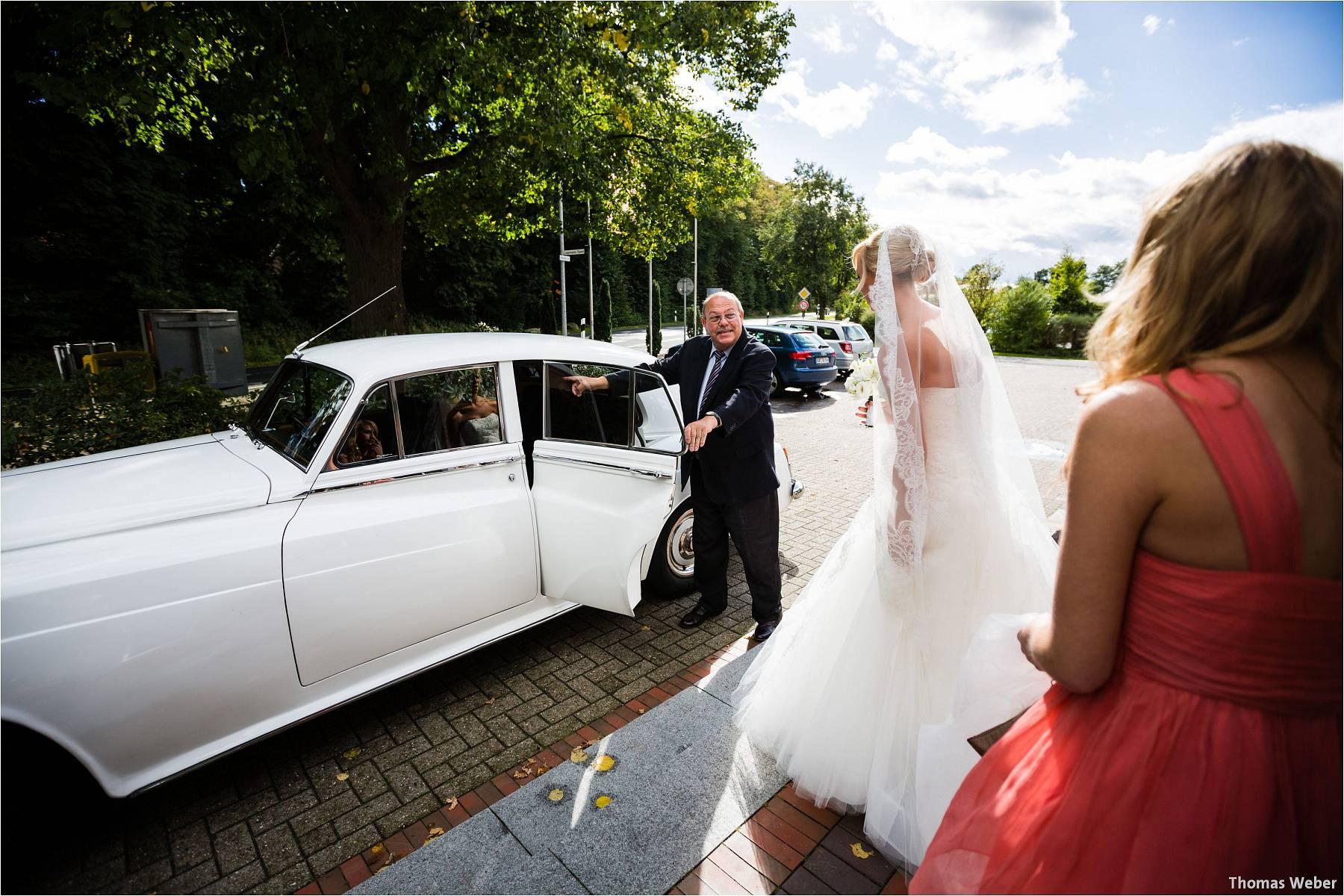 Hochzeitsfotograf Oldenburg: Hochzeit im Zollhaus und in der Eventscheune St. Georg in Rastede (9)