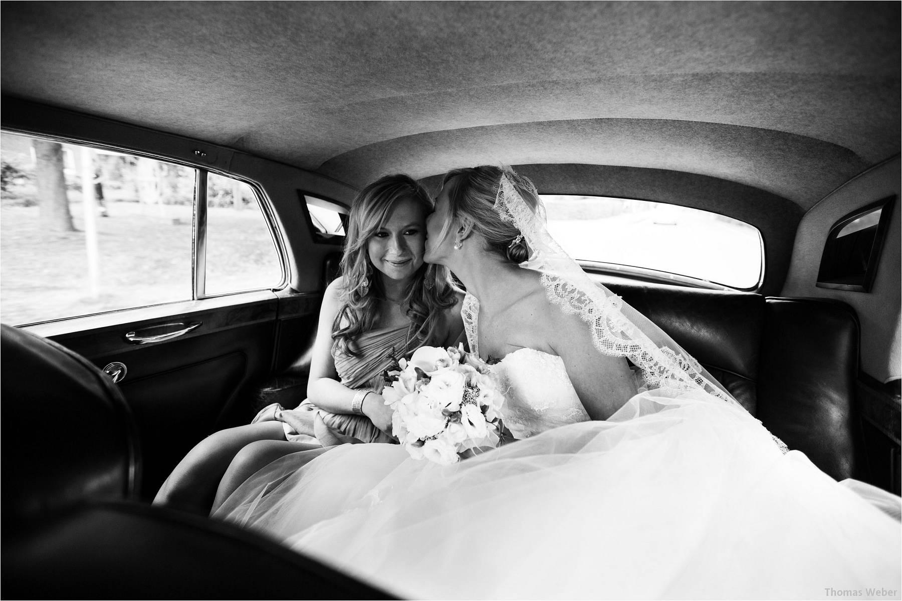 Hochzeitsfotograf Oldenburg: Hochzeit im Zollhaus und in der Eventscheune St. Georg in Rastede (11)