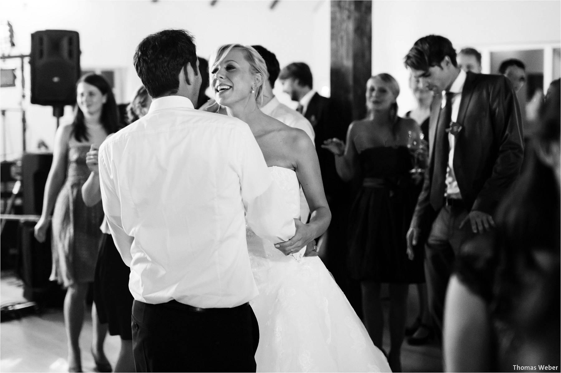 Hochzeitsfotograf Oldenburg: Hochzeit im Zollhaus und in der Eventscheune St. Georg in Rastede (42)