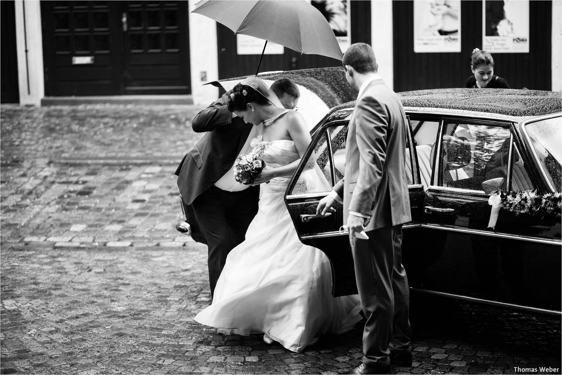Hochzeitsfotograf Bremen: Kirchliche Trauung in der Propsteikirche St. Johann im Bremer Schnoor und Hochzeitsfeier bei Rogge Dünsen (3)