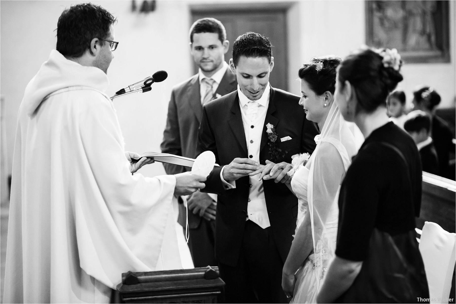 Hochzeitsfotograf Bremen: Kirchliche Trauung in der Propsteikirche St. Johann im Bremer Schnoor und Hochzeitsfeier bei Rogge Dünsen (9)
