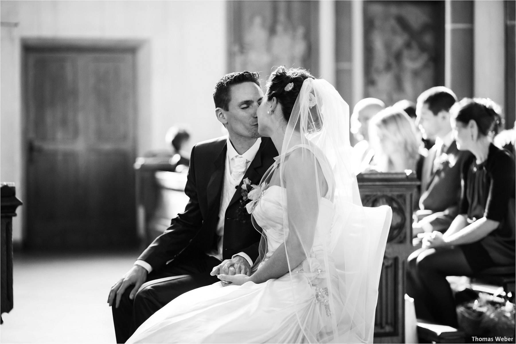 Hochzeitsfotograf Bremen: Kirchliche Trauung in der Propsteikirche St. Johann im Bremer Schnoor und Hochzeitsfeier bei Rogge Dünsen (11)