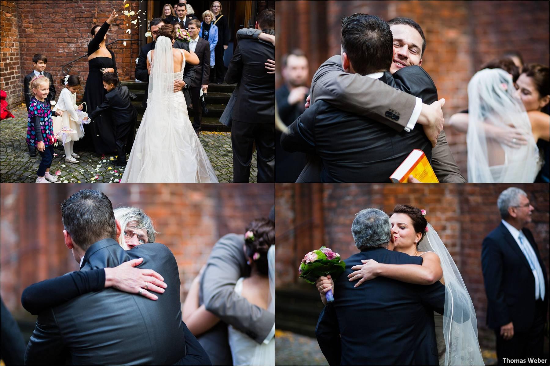 Hochzeitsfotograf Bremen: Kirchliche Trauung in der Propsteikirche St. Johann im Bremer Schnoor und Hochzeitsfeier bei Rogge Dünsen (17)