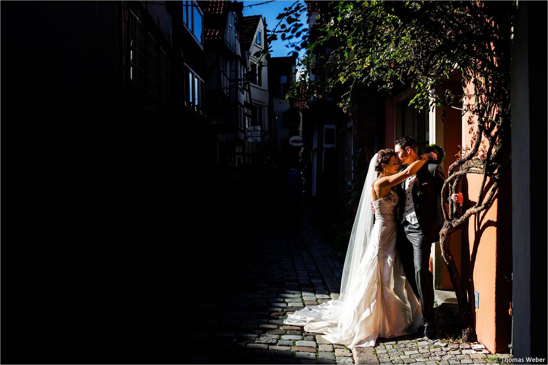 Hochzeitsfotograf Bremen: Kirchliche Trauung in der Propsteikirche St. Johann im Bremer Schnoor und Hochzeitsfeier bei Rogge Dünsen (21)