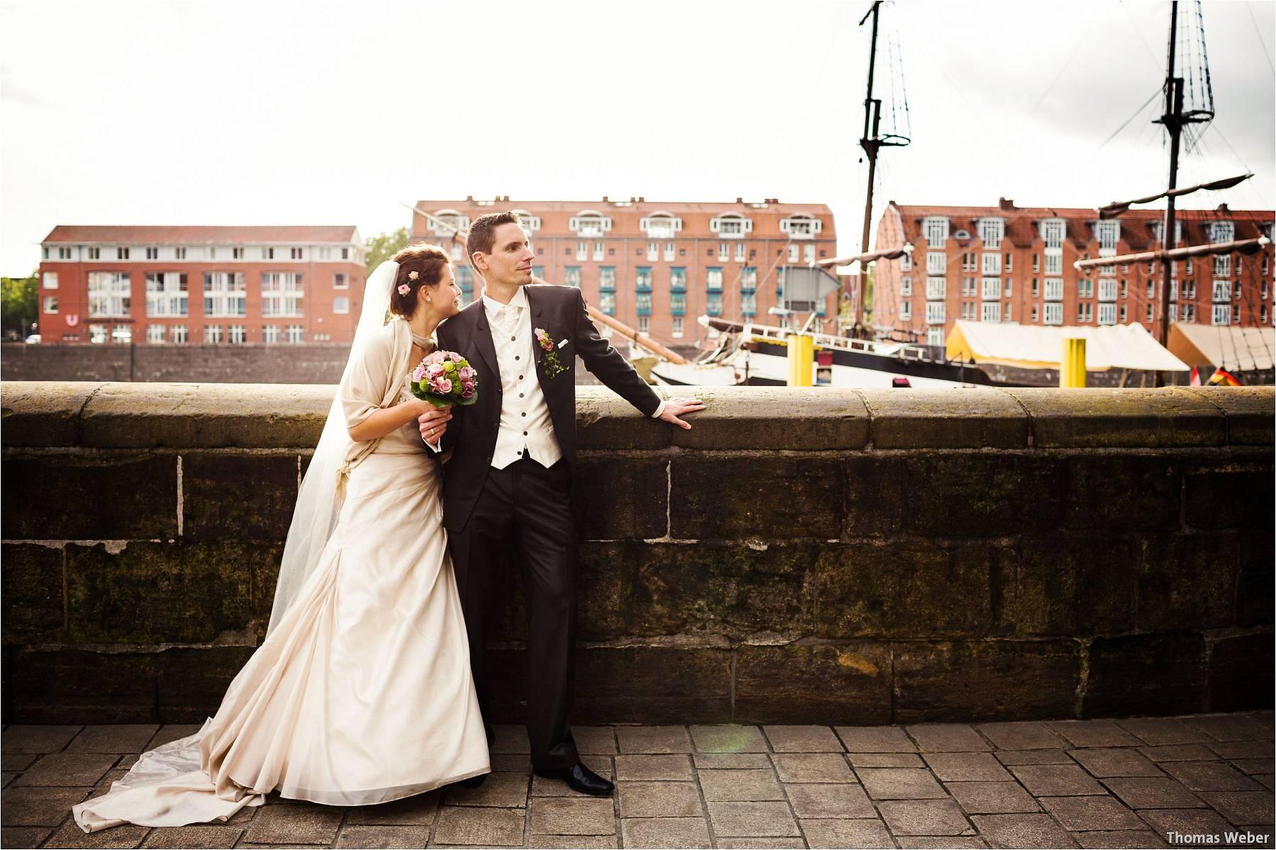 Hochzeitsfotograf Bremen: Kirchliche Trauung in der Propsteikirche St. Johann im Bremer Schnoor und Hochzeitsfeier bei Rogge Dünsen (24)