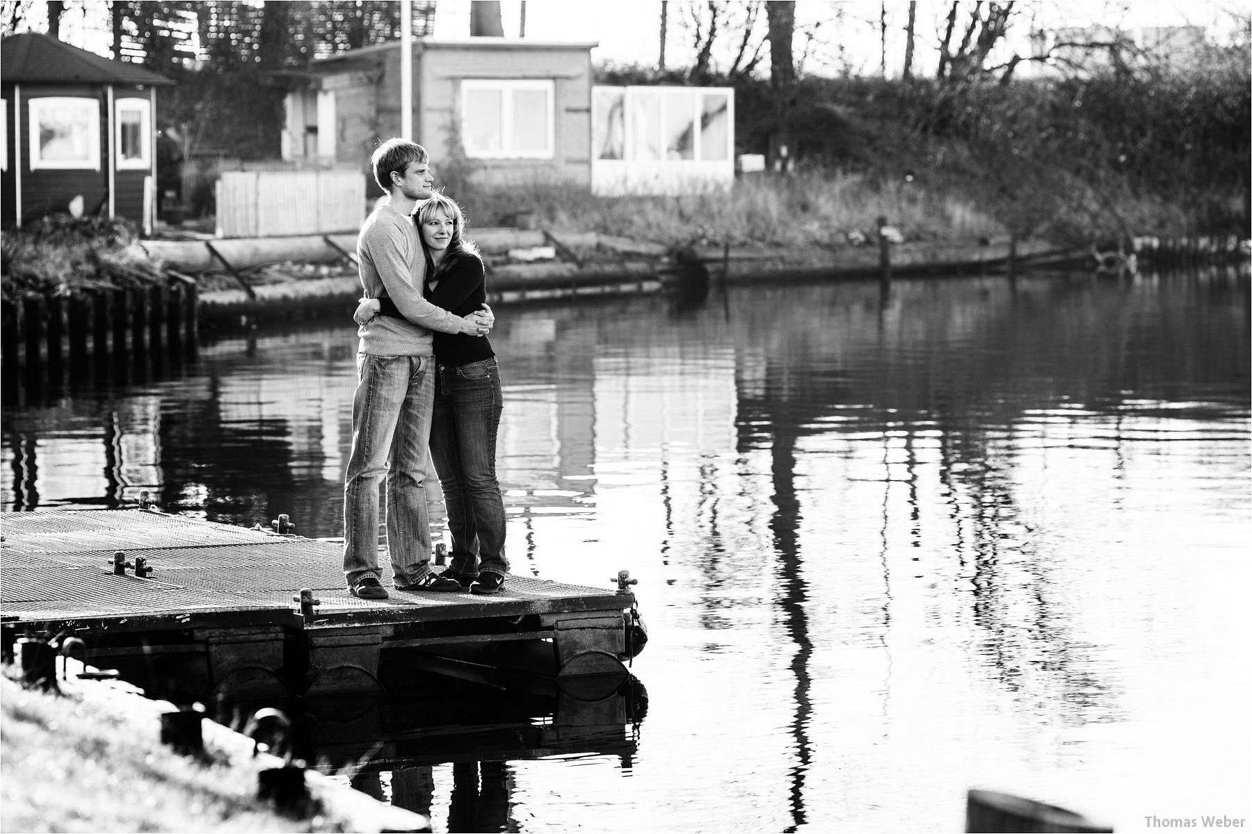 Hochzeitsfotograf Wilhelmshaven: Engagement- und Verlobungsfotos für die Einladungskarten der Hochzeit (9)