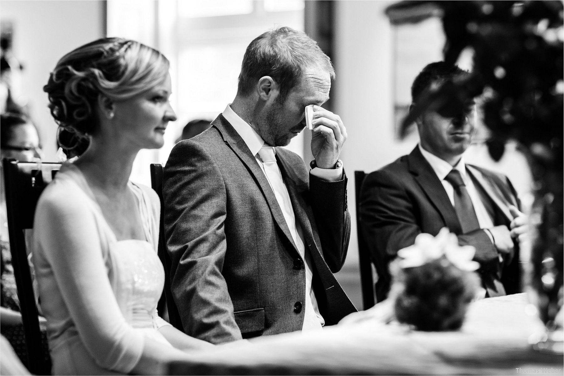 Hochzeitsfotograf Papenburg: Standesamtliche Trauung auf der Burg Kniphausen und Feier im Le Patron am Meer (8)