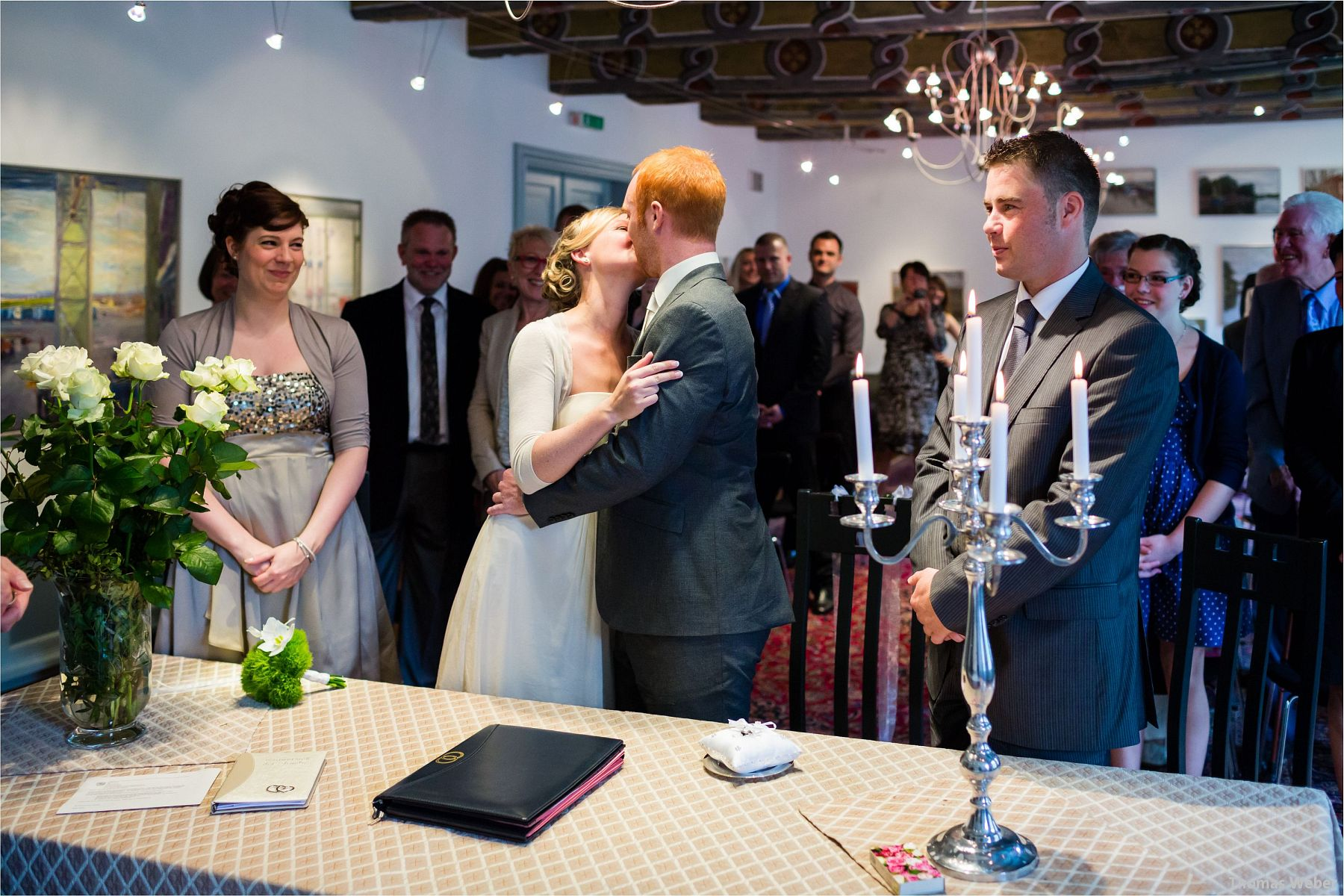 Hochzeitsfotograf Papenburg: Standesamtliche Trauung auf der Burg Kniphausen und Feier im Le Patron am Meer (10)