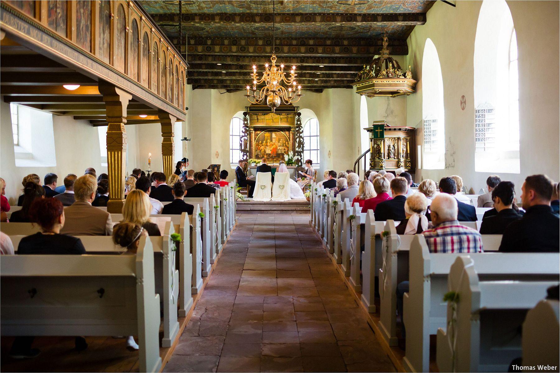 Hochzeitsfotograf Papenburg: Standesamtliche Trauung auf der Burg Kniphausen und Feier im Le Patron am Meer (33)