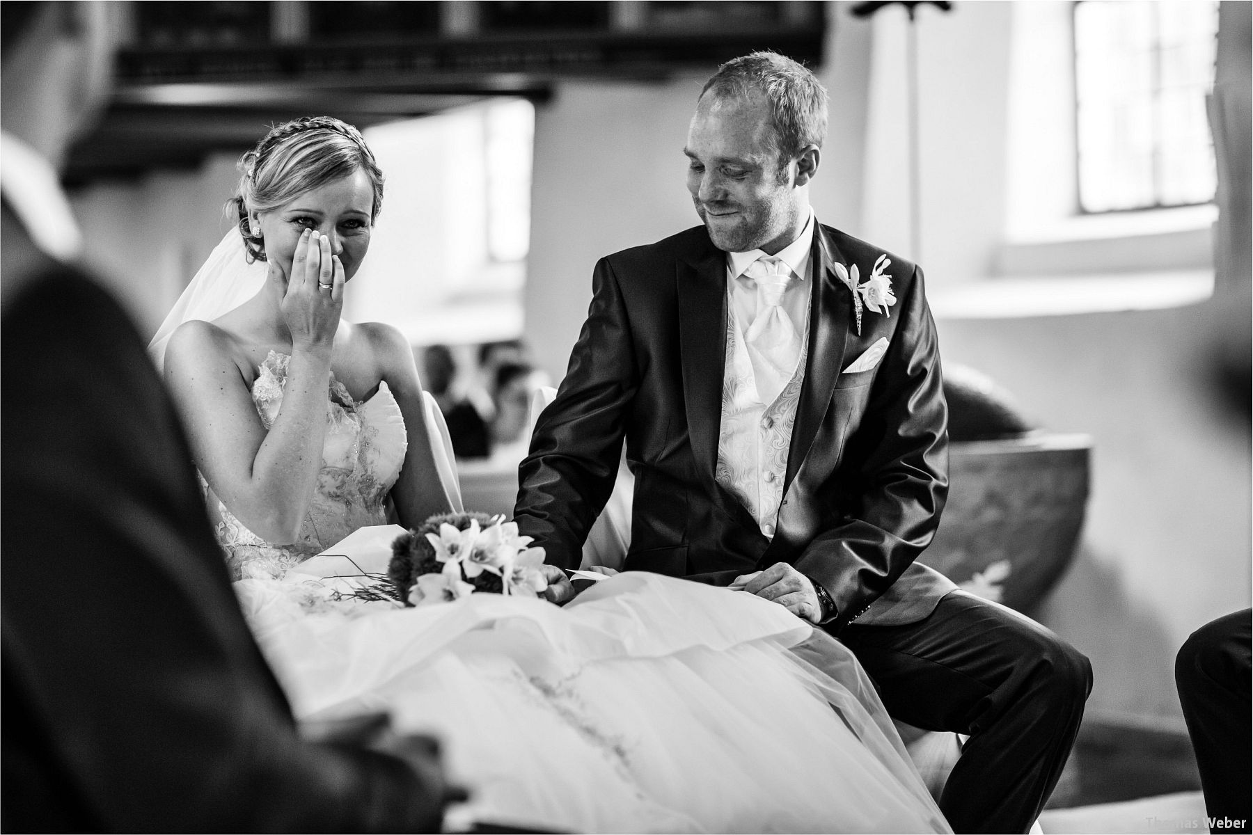 Hochzeitsfotograf Papenburg: Standesamtliche Trauung auf der Burg Kniphausen und Feier im Le Patron am Meer (47)
