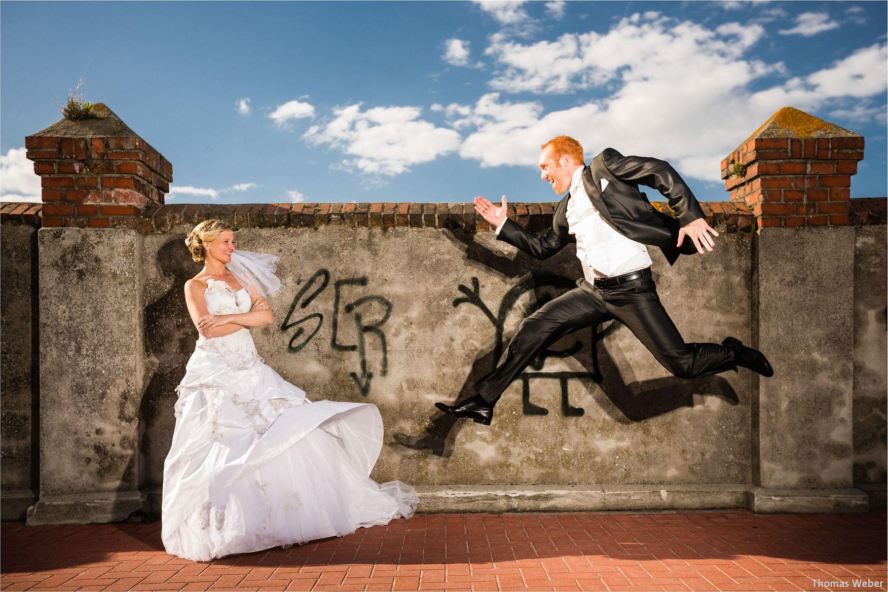 Hochzeitsfotograf Papenburg: Standesamtliche Trauung auf der Burg Kniphausen und Feier im Le Patron am Meer (61)