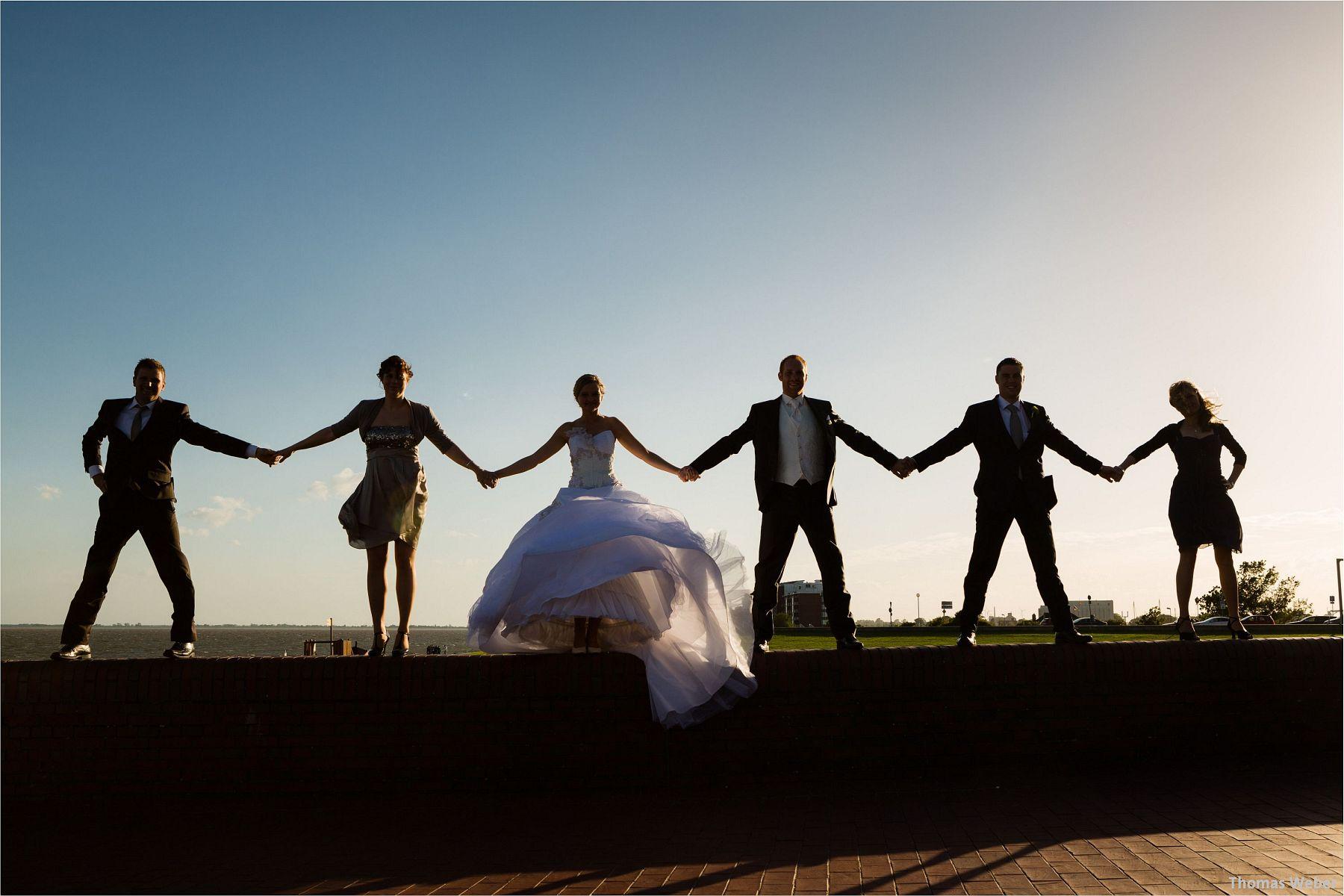 Hochzeitsfotograf Papenburg: Standesamtliche Trauung auf der Burg Kniphausen und Feier im Le Patron am Meer (63)