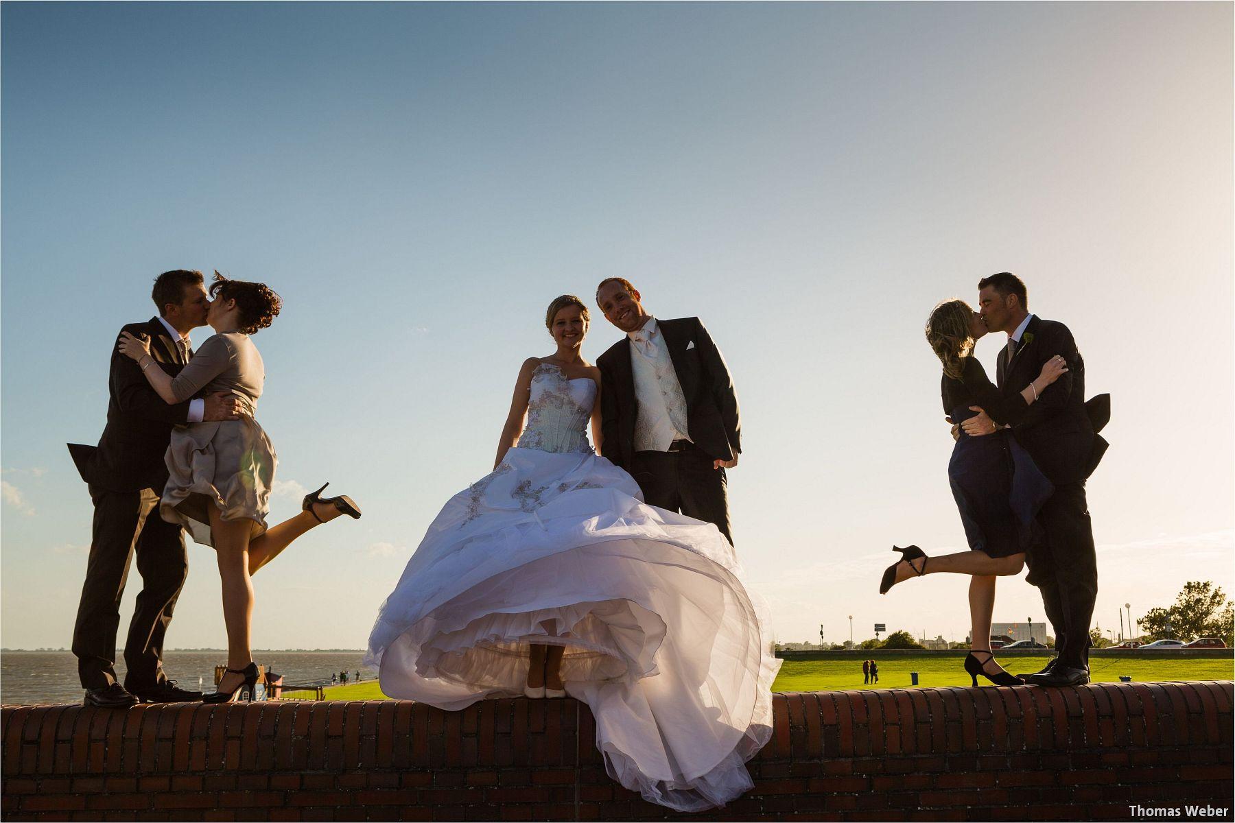 Hochzeitsfotograf Papenburg: Standesamtliche Trauung auf der Burg Kniphausen und Feier im Le Patron am Meer (64)