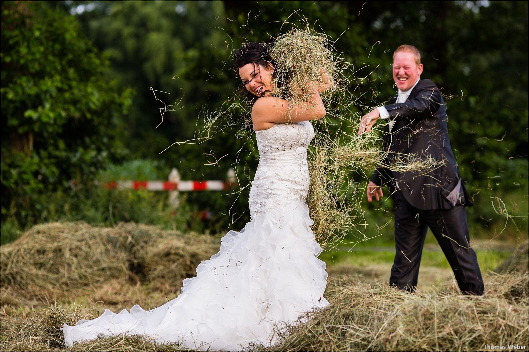 Hochzeitsfotograf Oldenburg: Hochzeitsportraits bei einem After Wedding Shooting am Nordsee-Strand von Dangast/Varel bei Sonnenuntergang (7)