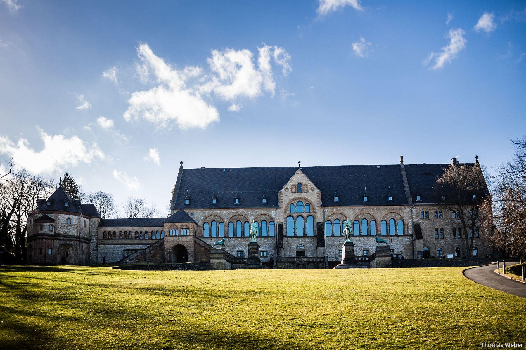 Hochzeitsfotograf Goslar: Standesamtliche Trauung in der Kaiserpfalz in Goslar (Harz) (12)