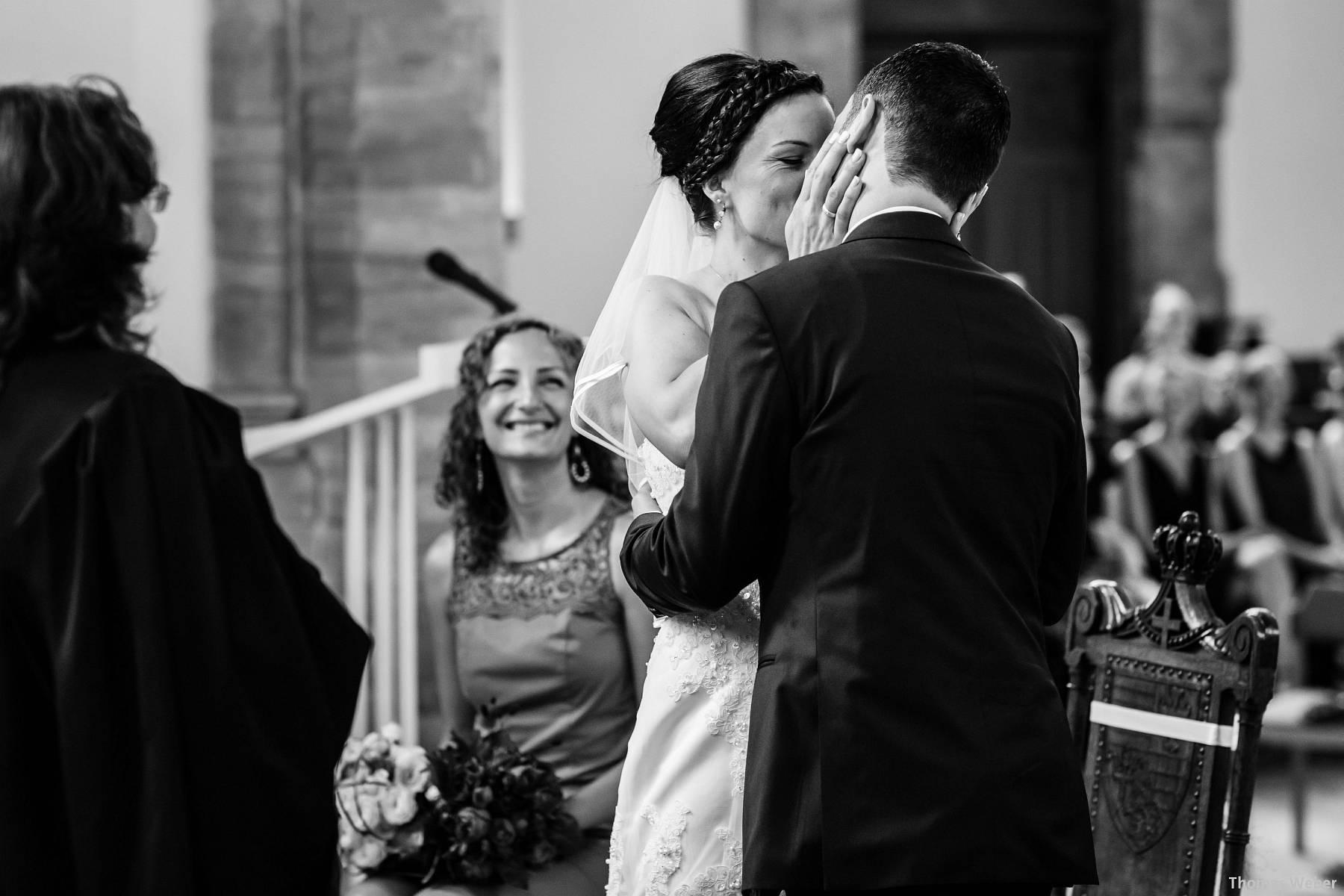 Hochzeitsfotograf Oldenburg: Kirchliche Trauung in der Garnisonkirche Oldenburg und Feier im Landhaus Etzhorn Oldenburg (16)