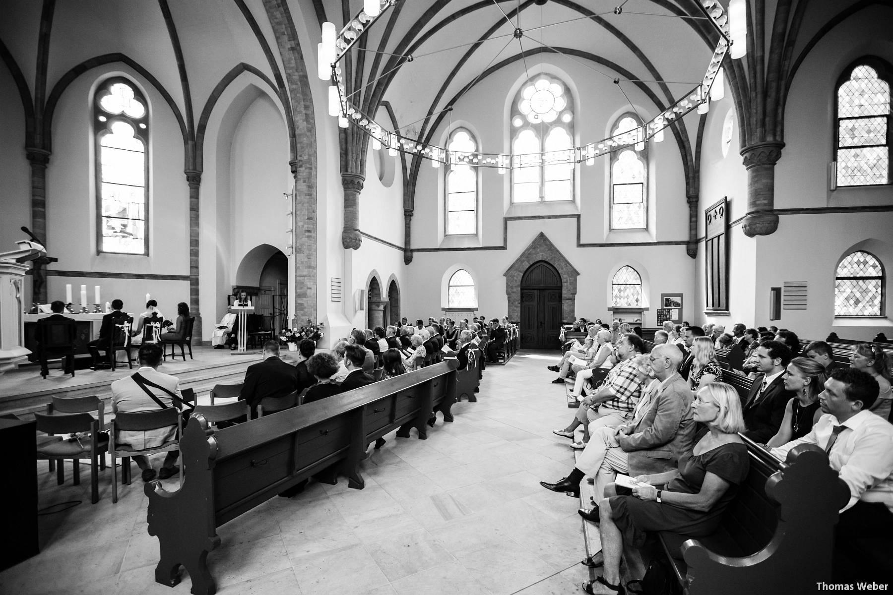 Hochzeitsfotograf Oldenburg: Kirchliche Trauung in der Garnisonkirche Oldenburg und Feier im Landhaus Etzhorn Oldenburg (19)