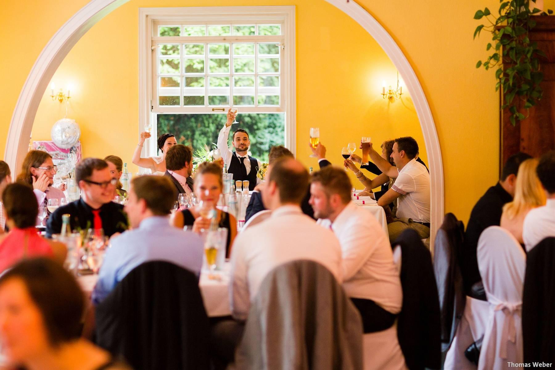 Hochzeitsfotograf Oldenburg: Kirchliche Trauung in der Garnisonkirche Oldenburg und Feier im Landhaus Etzhorn Oldenburg (36)