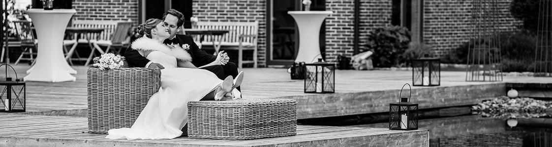Hochzeitsfotograf Rastede: Kirchliche Trauung in der St. Ulrichs Kirche Rastede und Hochzeitsfeier in der Eventscheune St Georg Rastede mit dem Catering von Split Food (Michael Niebuhr) aus Oldenburg (1)
