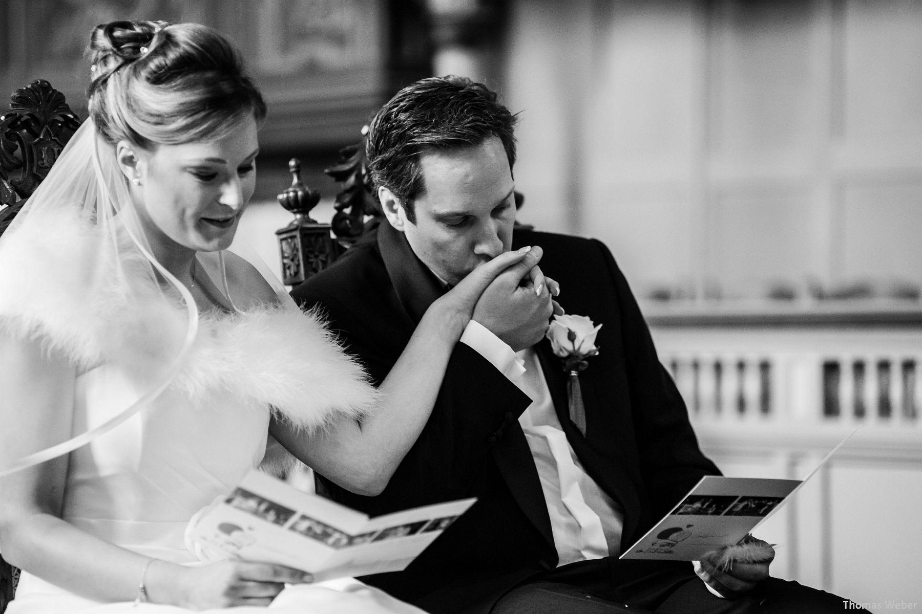 Hochzeitsfotograf Rastede: Kirchliche Trauung in der St. Ulrichs Kirche Rastede und Hochzeitsfeier in der Eventscheune St Georg Rastede mit dem Catering von Michael Niebuhr aus Oldenburg (19)