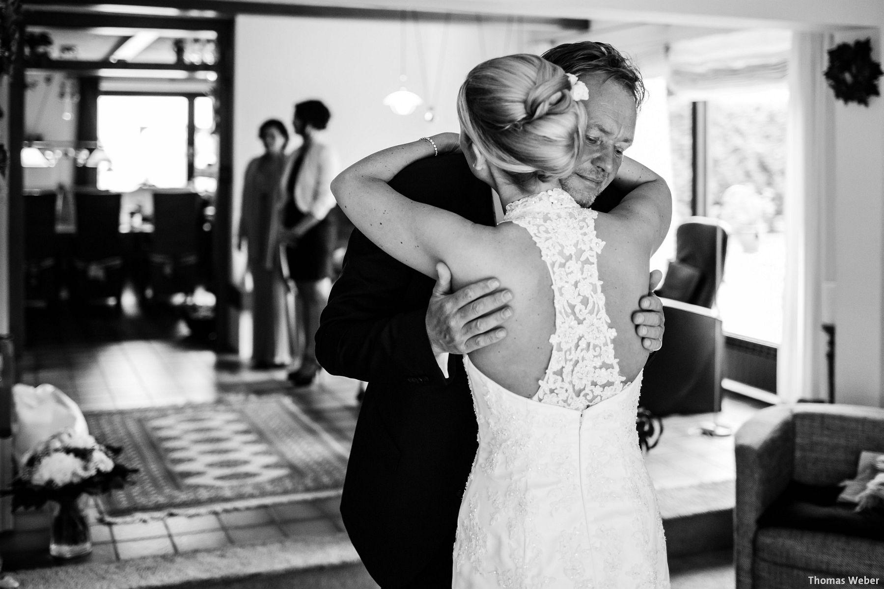 Hochzeitsfotograf Oldenburg: Hochzeit in der Eventscheune St. Georg in Rastede (35)