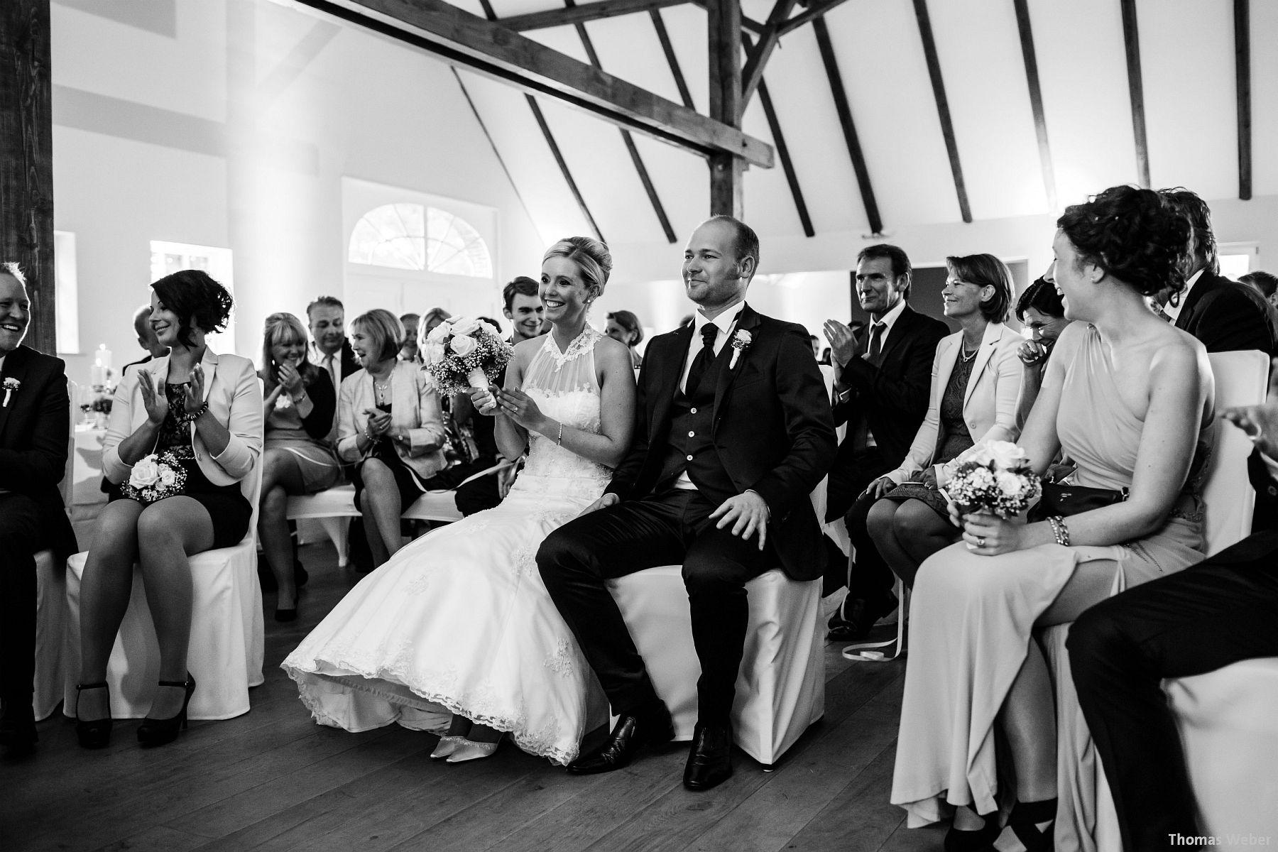 Hochzeitsfotograf Oldenburg: Hochzeit in der Eventscheune St. Georg in Rastede (50)
