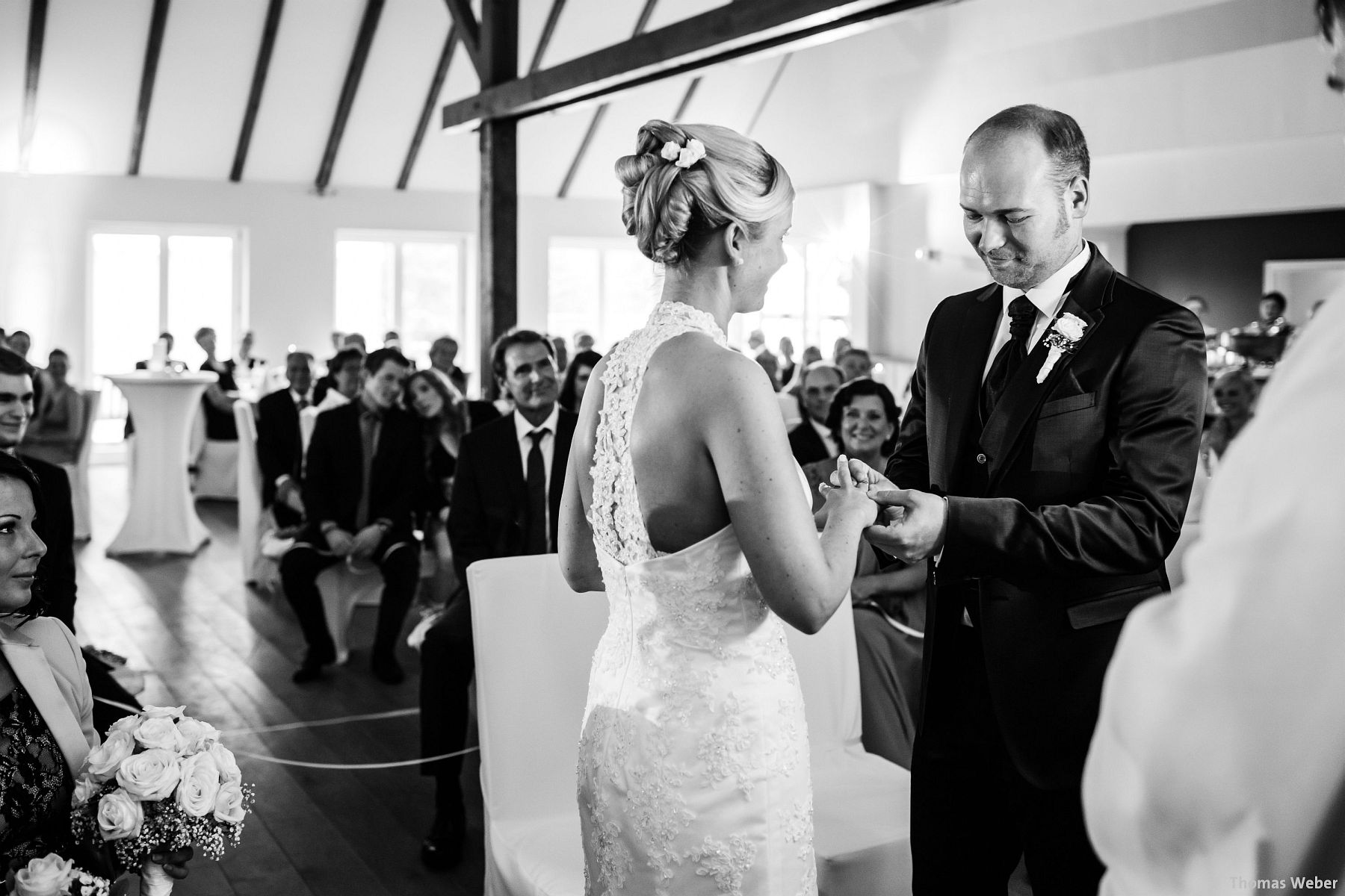 Hochzeitsfotograf Oldenburg: Hochzeit in der Eventscheune St. Georg in Rastede (56)