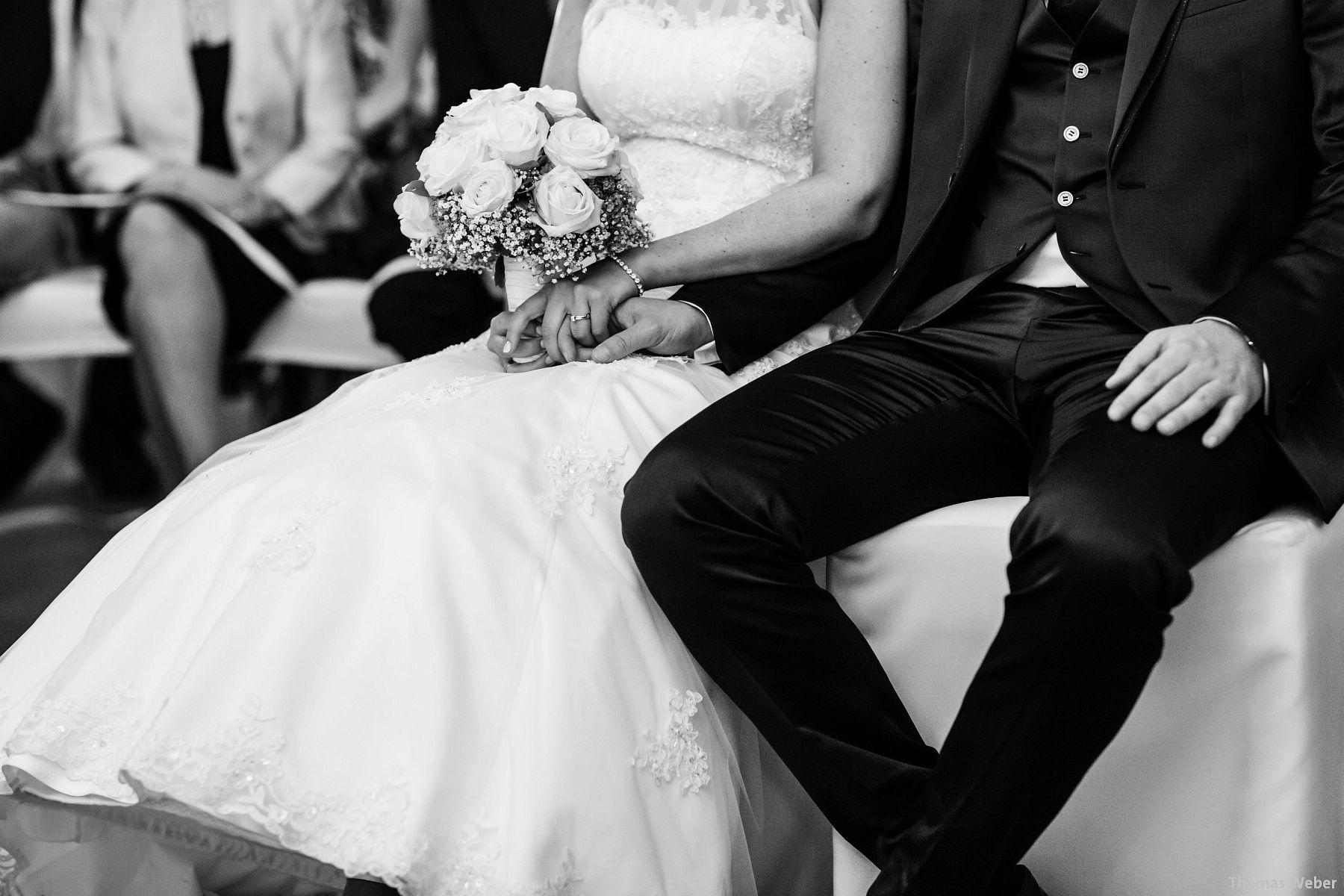 Hochzeitsfotograf Oldenburg: Hochzeit in der Eventscheune St. Georg in Rastede (59)