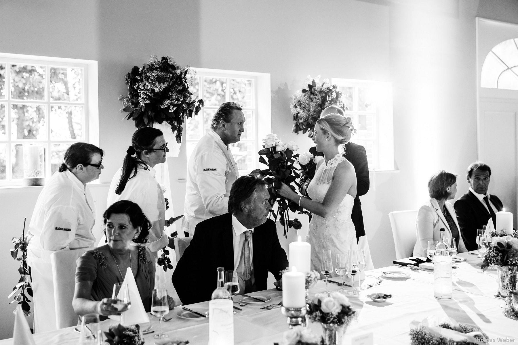 Hochzeitsfotograf Oldenburg: Hochzeit in der Eventscheune St. Georg in Rastede (70)